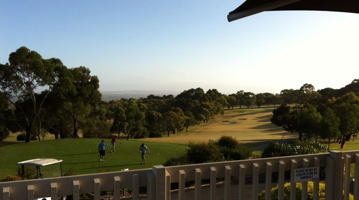 Enjoy a round of twilight golf at Mt Martha Golf Course